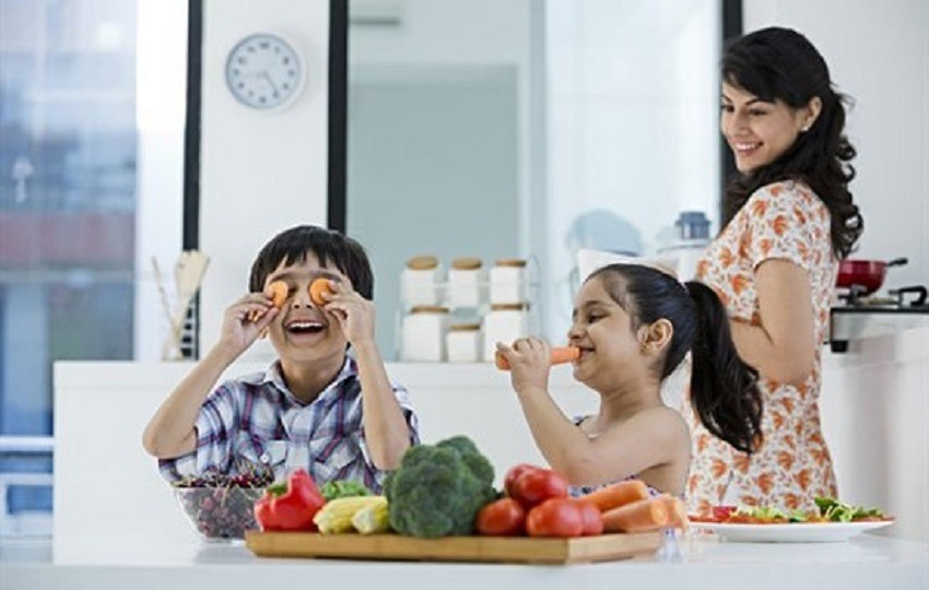 12 STRATEGIES TO MAKE YOUR CHILD EAT VARIETIES OF FOOD