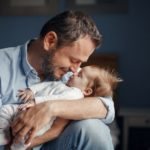 How to choose a suitable life insurance policy as a new dad