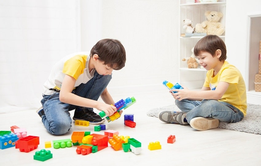 Guide To Pick The Best Educational Toys For Kids